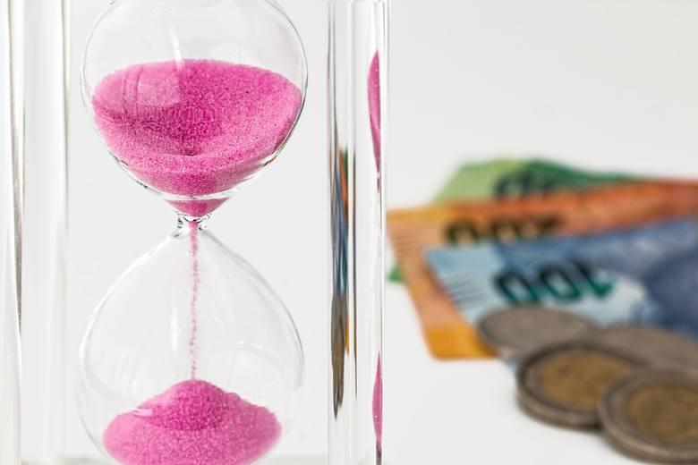 Podwyżka płacy minimalnej a wzrost cen. Co podrożeje? Wywiad