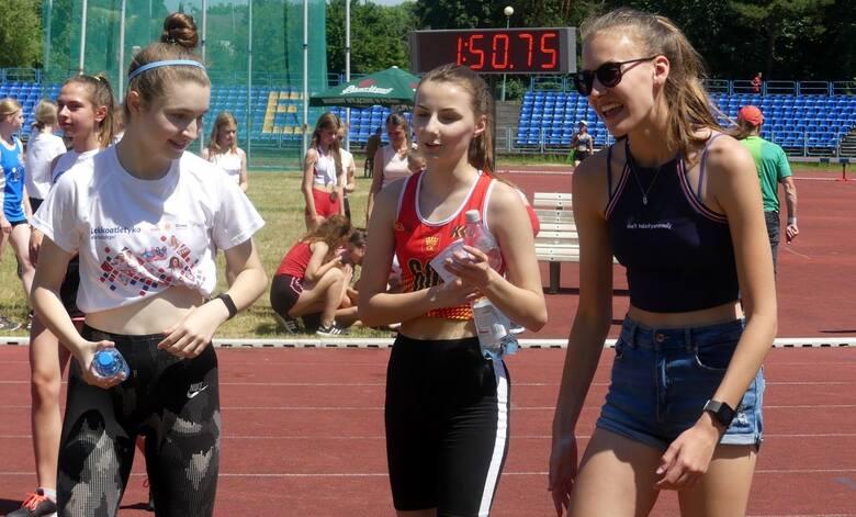 Sporo emocji dostarczyła rywalizacja na piątkowych zawodach Lekkoatletyka dla każdego i Wojewódzkich Igrzyskach Szkolnego Związku Sportowego na stadionie