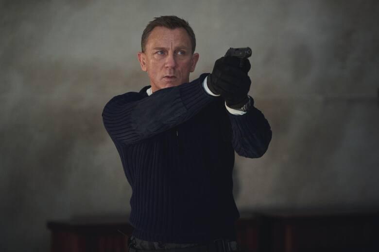Nie czas umierać, czas się z(a)mienić, panie Bond