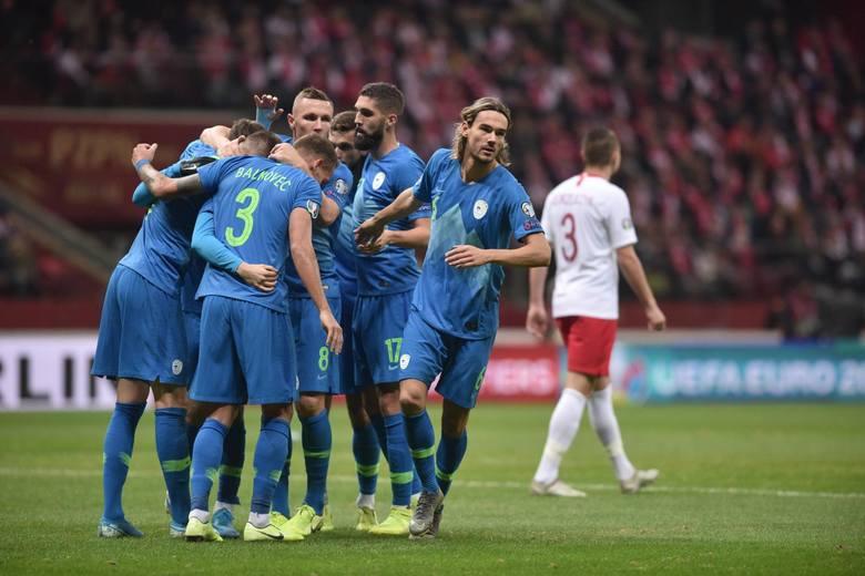 Tak fajnie grająca w piłkę - w dodatku na tej murawie - Słowenia nie pojedzie na przyszłoroczne Euro 2020. Wygrali z Polską w Lublanie, napsuli krwi