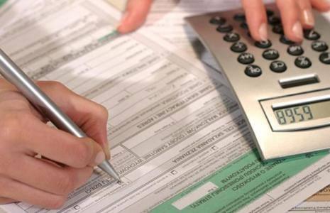 Czy fiskus wypełni za nas PIT? Za przedsiębiorców raczej nie.