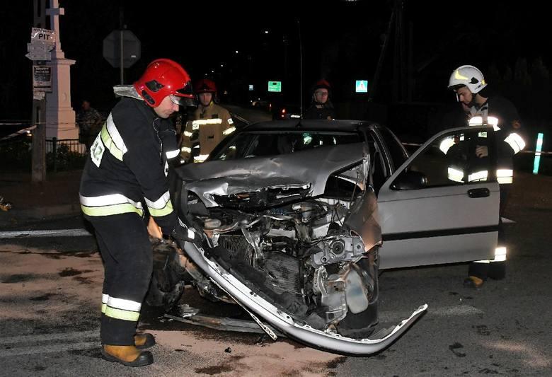 Nocne zderzenie w Mąchocicach Kapitulnych. Siedem osób rannych [ZDJĘCIA]