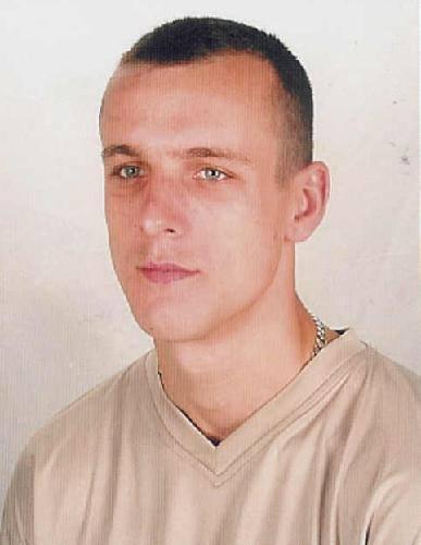 Mirosław CzyżPoszukiwany przez: BG KMP Toruń Wydział Kryminalny na podstawie Art. 279 § 1 Kradzież z włamaniem, Art. 278 § 1 Zabieranie w celu przywłaszczenia