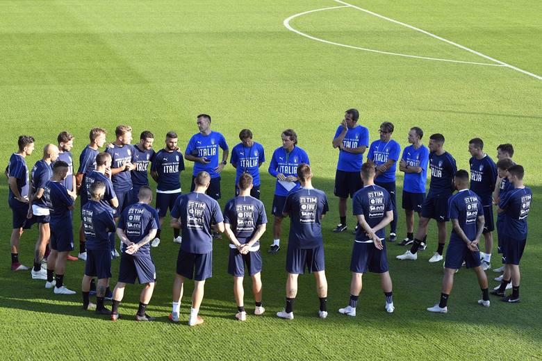 Włoska Federacja Piłkarska poinformowała, że jej ośrodek szkoleniowy Coverciano (w pobliżu Florencji) zostanie udostępniony służbie zdrowia w celu przyjmowania