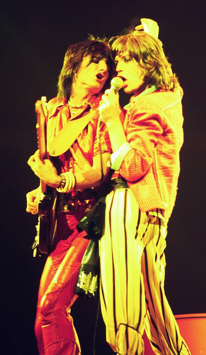 Mick Jagger na koncercie w Nowym Jorku podczas trasy STP Tour. 1972 rok.