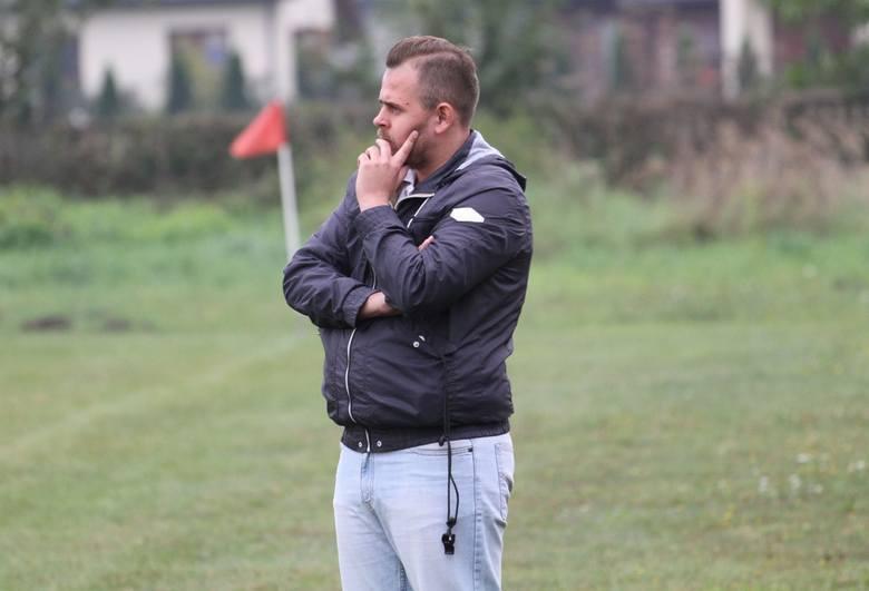 Zmiana trenera w naszym klubie piłkarskim. Michała Złotka w LZS Samborzec zastąpił Jacek Rączkowski