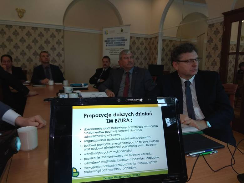 Co dalej z budową zakładu zagospodarowania odpadów pod Łowiczem? [ZDJĘCIA]