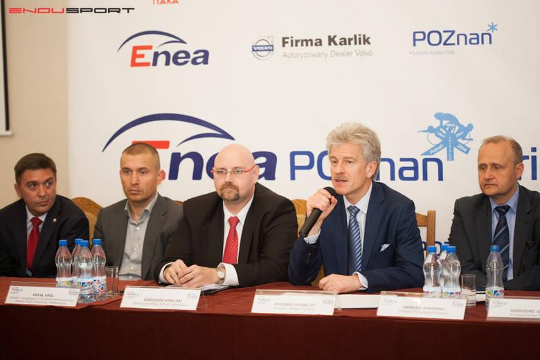 Od lewej: Wiceprezes Itaki, Piotr Henicz, dyrektor zarządzający z firmy Karlik, Rafał Król, wiceprezes Enea SA, Grzegorz Kinelski, prezydent Poznania,