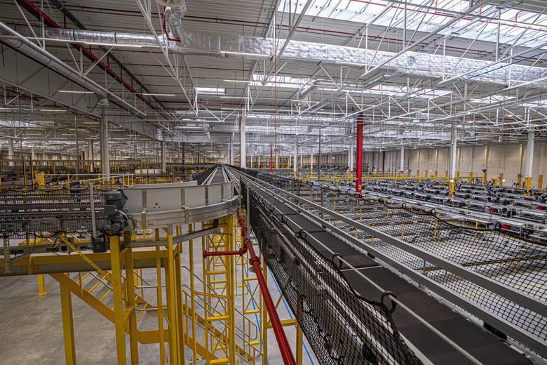 1000 osób w ciągu 18 miesięcy znajdzie pracę w najnowocześniejszym specjalistycznym centrum logistycznym w Europie. Otwarcie najnowocześniejszego specjalistycznego