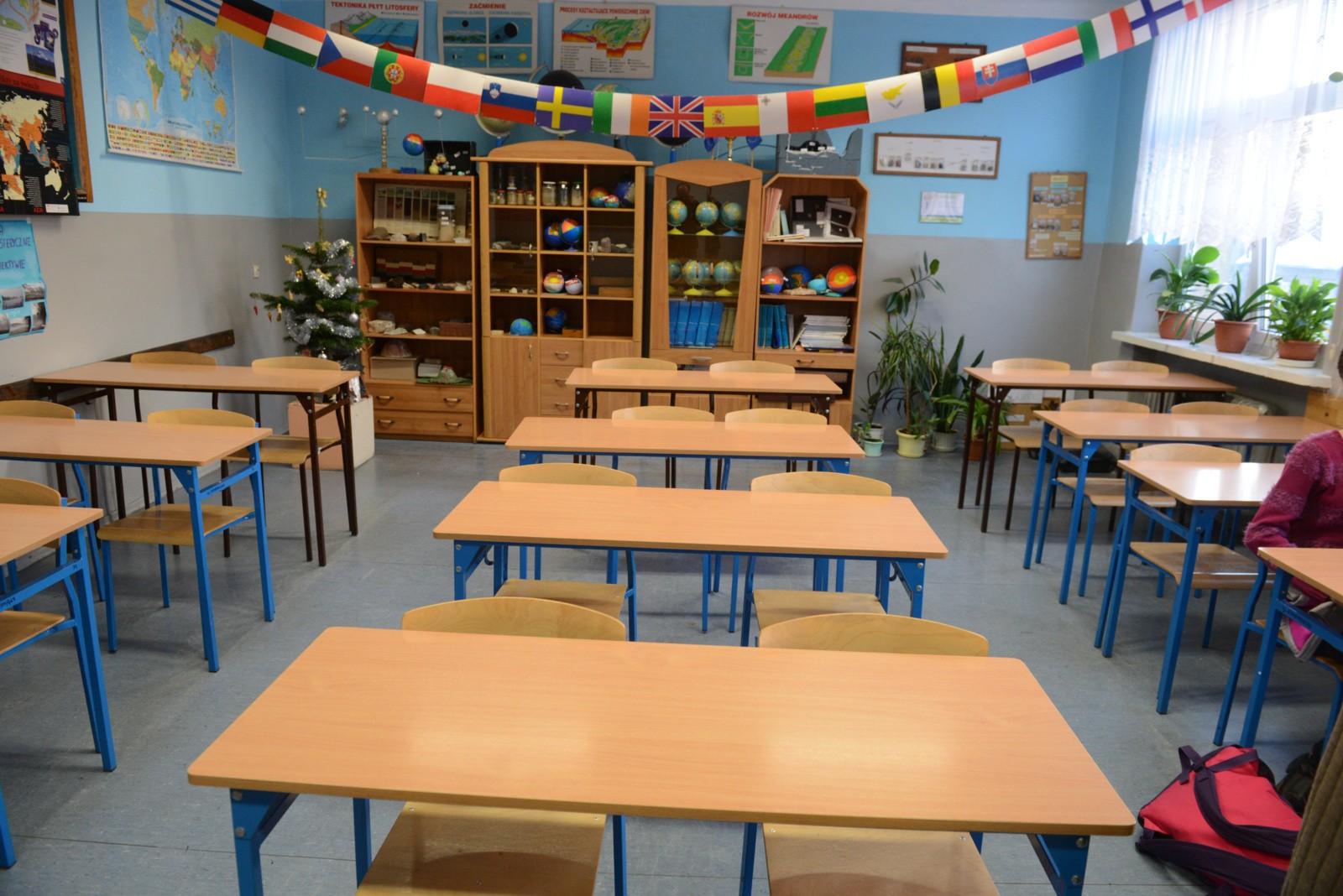 Strajk Nauczycieli. W Co Drugiej Szkole Na Dolnym Śląsku