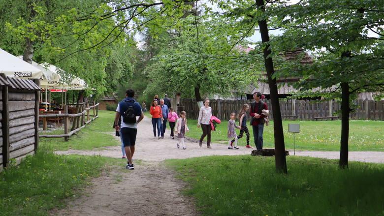 Weekendowy spacer po Muzeum Wsi Lubelskiej. Zobacz zdjęcia z tego niezwykłego miejsca