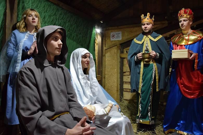 W Inowrocławiu święta Bożego Narodzenia już trwają. Zainaugurowało je w dzisiejsze (23 grudnia) popołudnie Wigilijne Spotkanie Mieszkańców na Rynku.