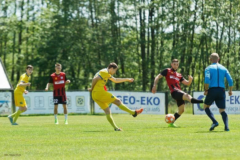 Drużyna Ekoball Stali pewnie pokonała Czarnych Jasło 3:0