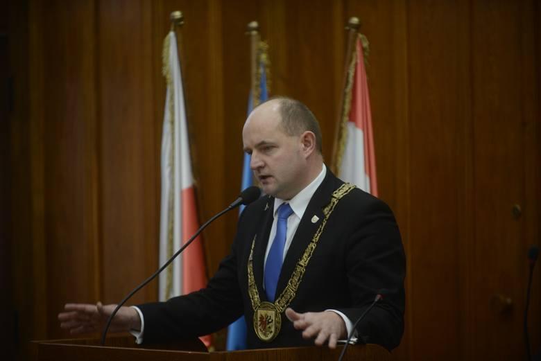 Piotr Całbecki (PO) marszałek województwa od 24 listopada 2006 roku.