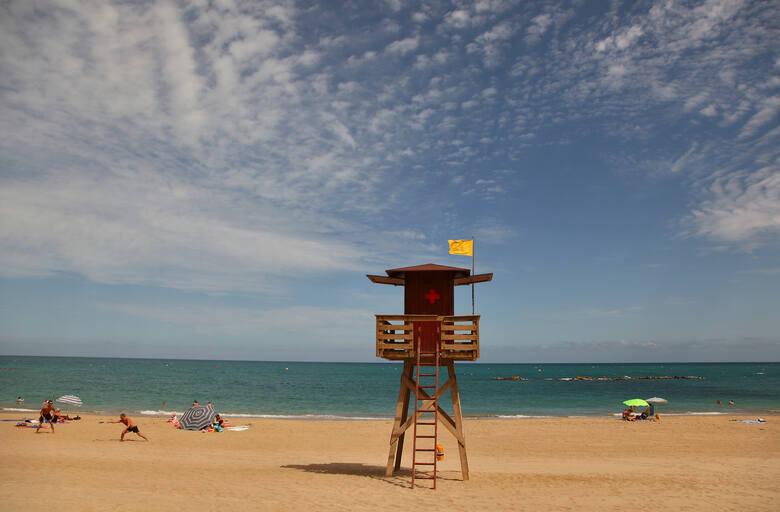 Playa del Fortí w Vinaroz - morze i... morze piasku