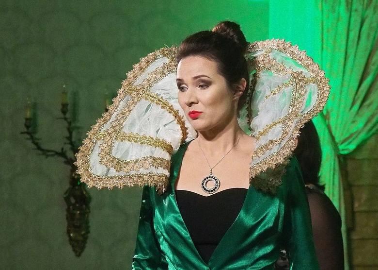 W rolę Bastienne wcieli się sopranistka Małgorzata Trojanowska. Ostatnio w Auli Magna śpiewała partię Dydony Purcella