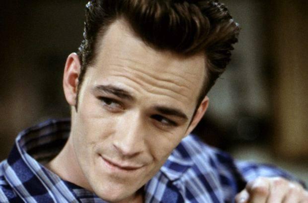 Luke Perry, odtwórca roli Dylana w serialu Beverly Hills 90210, nie żyje. O śmierci aktora poinformowano w poniedziałek. Miał 52 lata.Aktor zmarł w wyniku