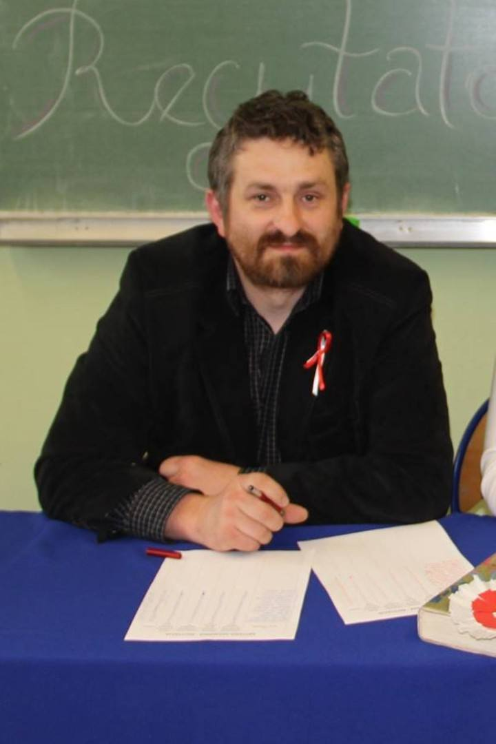 Kategoria: NAUCZYCIEL KLAS IV-VIII i GIMNAZJUMRobert Kawończyk, Oddział Szkolno-Przedszkolny, FrydrychowiceW zawodzie pracuje od 16 lat. Jest nauczycielem