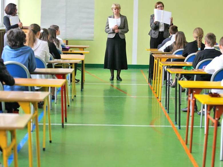 Test językowy zakończy egzamin gimnazjalny 2011. Uczniowie z Podkarpacia rozwiązywać będą zadania z języka angielskiego, niemieckiego i francuskiego