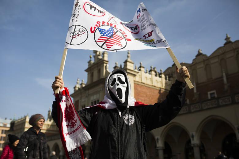 Kraków. Buntują się przeciwko umowie Unia-Kanada [ZDJĘCIA, WIDEO]