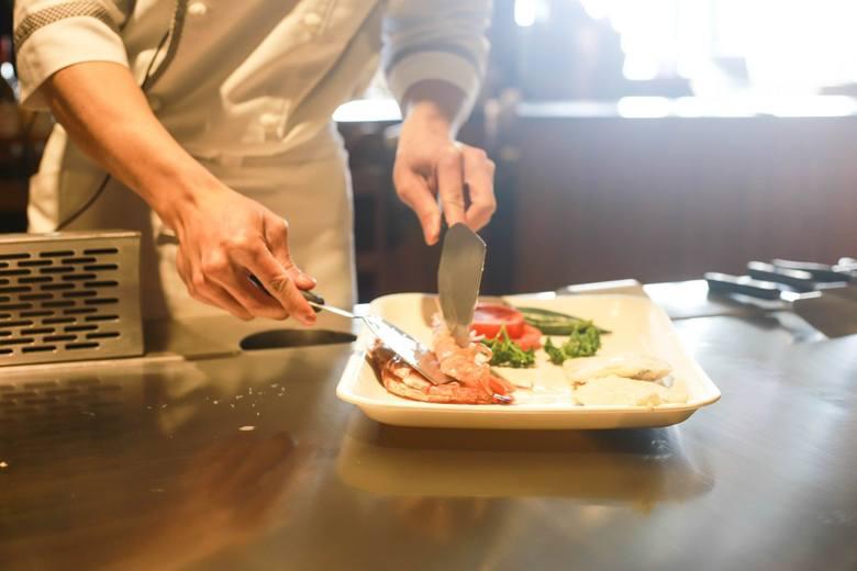 Jaką pomoc od państwa otrzymały wrocławskie bary, puby i restauracje? Informacje na ten temat opublikował Polski Fundusz Rozwoju. To właśnie gastronomia