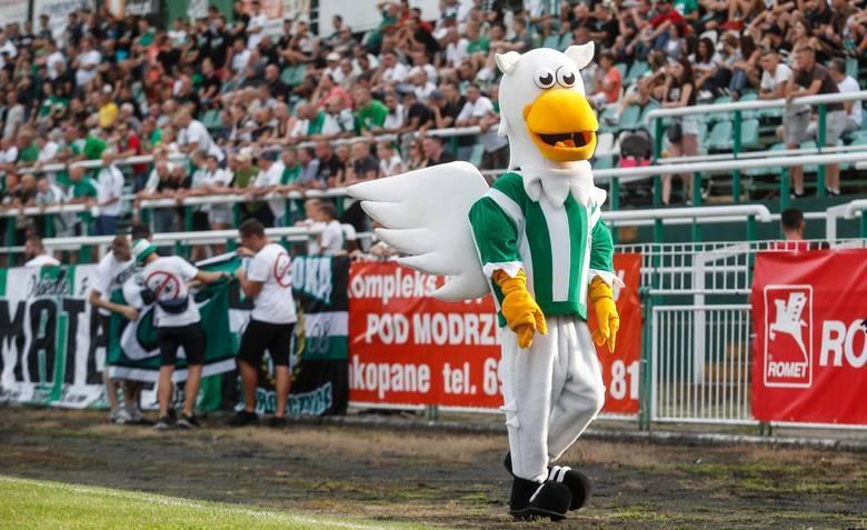 Sezon piłkarski na Podkarpaciu rozpoczyna się na dobre. Do drużyn 1 i 2 ligi dołączają w najbliższy weekend gracze 3 i 4 ligi, a także klasy O, klasy