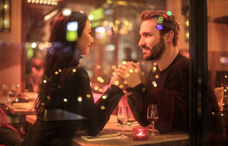 Najlepsze randki online dla 20s