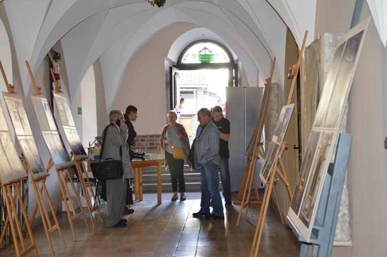Jarmark franciszkański to okazja, żeby zobaczyć niektóre wnętrza klasztoru i kościół z przewodnikiem.