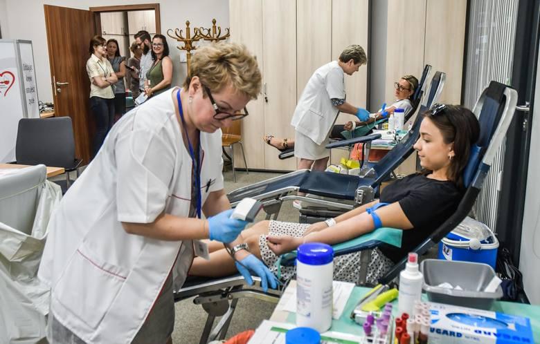 13 czerwca krew oddawali, m.in. pracownicy NFZ w Bydgoszczy.