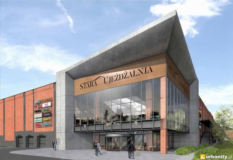 Galeria Stara Ujeżdżalnia w Jarosławiu to pierwszy tego typu obiekt w tym mieście. Z niecierpliwością jest wyczekiwany mieszkańców. Powstaje toczeniu