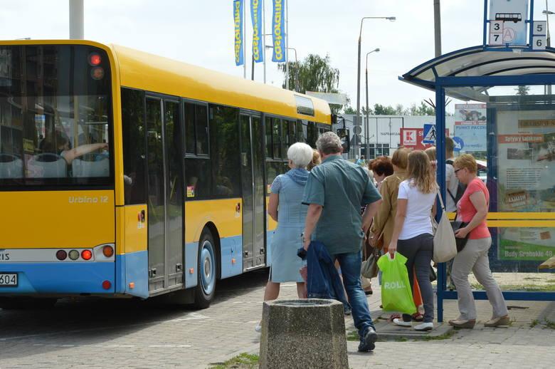 Dramatyczne wydarzenia rozgrały się 5 sierpnia. Pan Józef wyszedł z przychodni kardiologicznej i wsiadł do autobusu. Chwilę później, na wiadukcie, poczuł