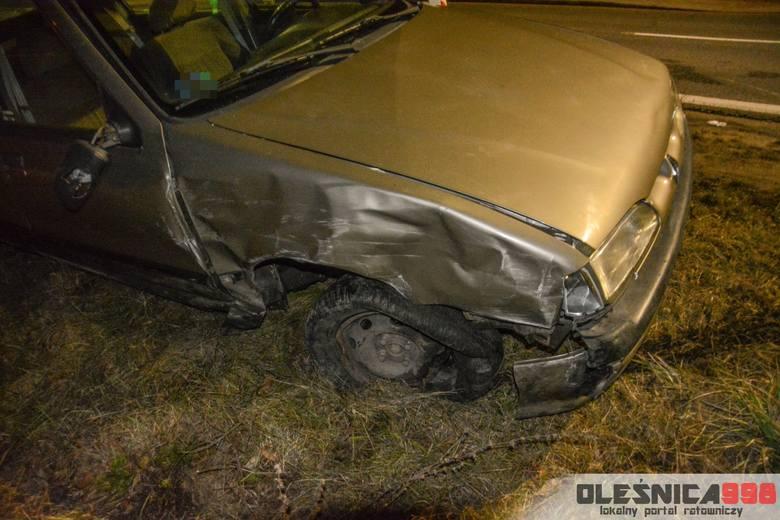 Spowodował wypadek, uciekł i porzucił samochód [ZDJĘCIA]