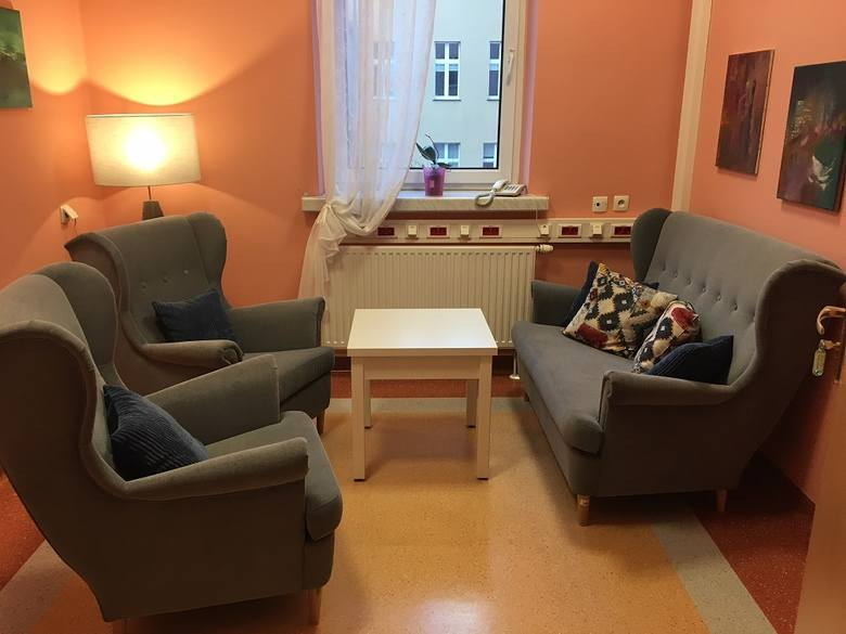 Pokój relaksacyjny na Oddziale Ginekologiczno-Położniczym,w którym odbywają się m.in. rozmowy z psychologiem