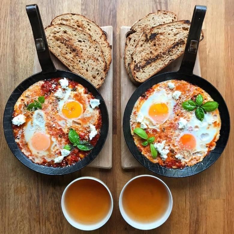 Najlepsze śniadanie w Toruniu | Chcecie zjeść czasem śniadanie na mieście i nie wiecie jaki lokal wybrać. Przedstawiamy ranking 10 najlepszych lokali,