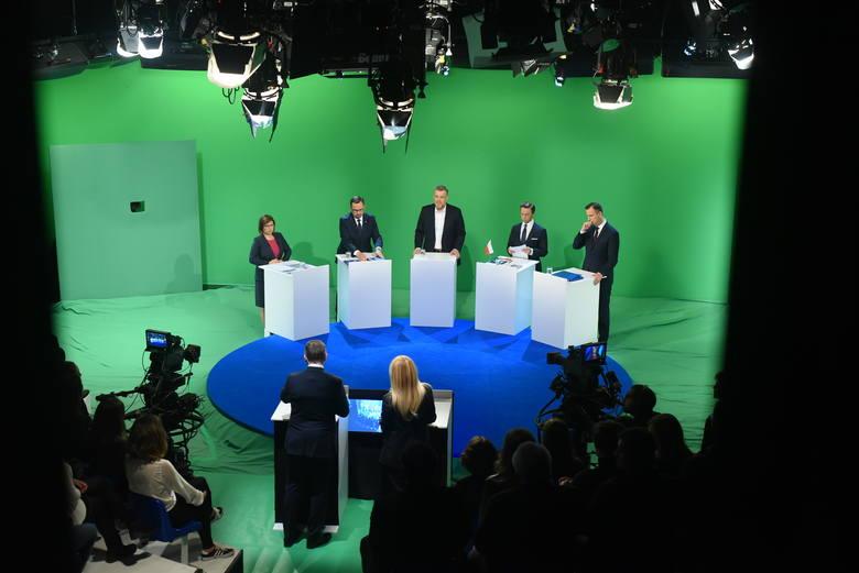 Debata wyborcza TVN24. Czas decyzji. Kto wygrał? [SONDA] Jak politycy odpowiadali na pytania? [RELACJA] [WYBORY PARLAMENTARNE 2019]