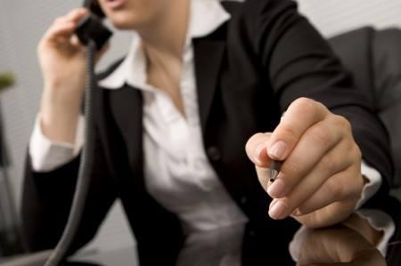 Warto zasięgnąć porady – tak u specjalistów, zajmujących się doradztwem zawodowym, jak i u tych, którzy po prostu funkcjonują z sukcesem w danej bra