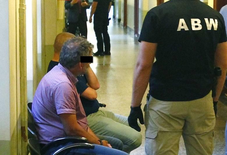 Tomasz P., dyrektor Zachodniopomorskiego Zarządu Melioracji i Urządzeń Wodnych w Szczecinie trafił do aresztu na 2 miesiące.