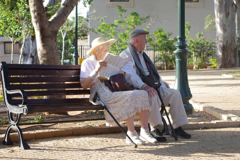 Prawo do emerytury nabywamy z dniem osiągnięcia wieku emerytalnego