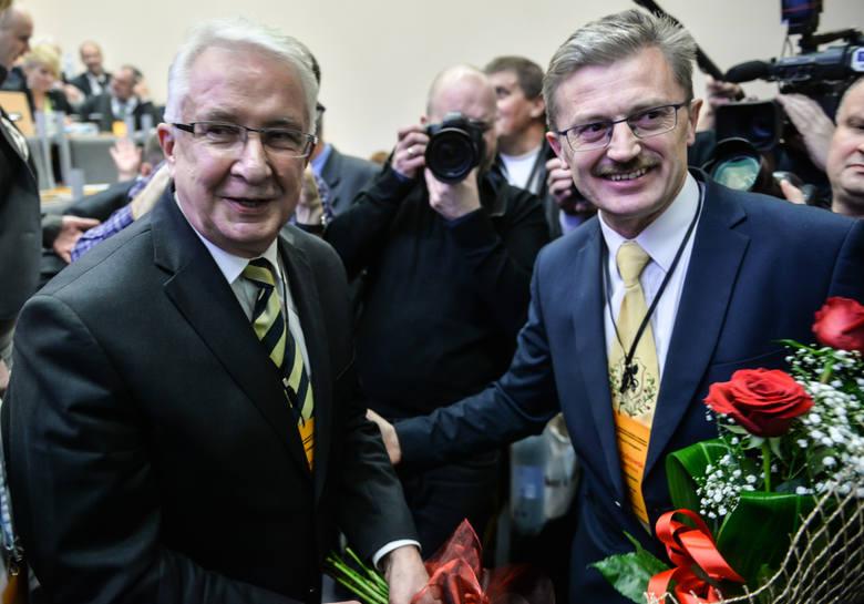 Prof. Edmund Wittbrodt (na zdjęciu z lewej) został wybrany na nowego prezesa organizacji, pokonując w głosowaniu dr. Eugeniusza Pryczkowskiego (na zdjęciu z prawej)