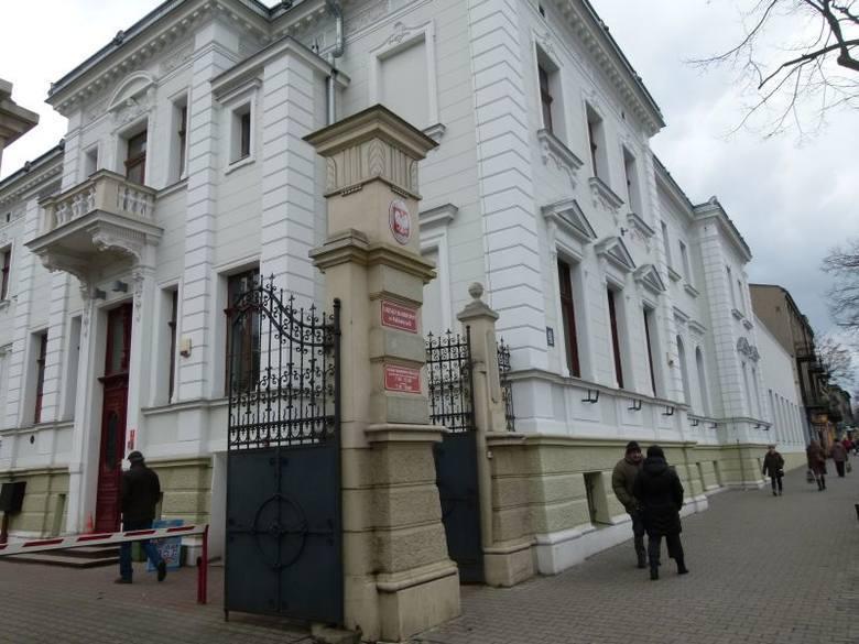 Urząd Skarbowy w Pabianicach będzie przyjmować petentów dwa razy w tygodniu