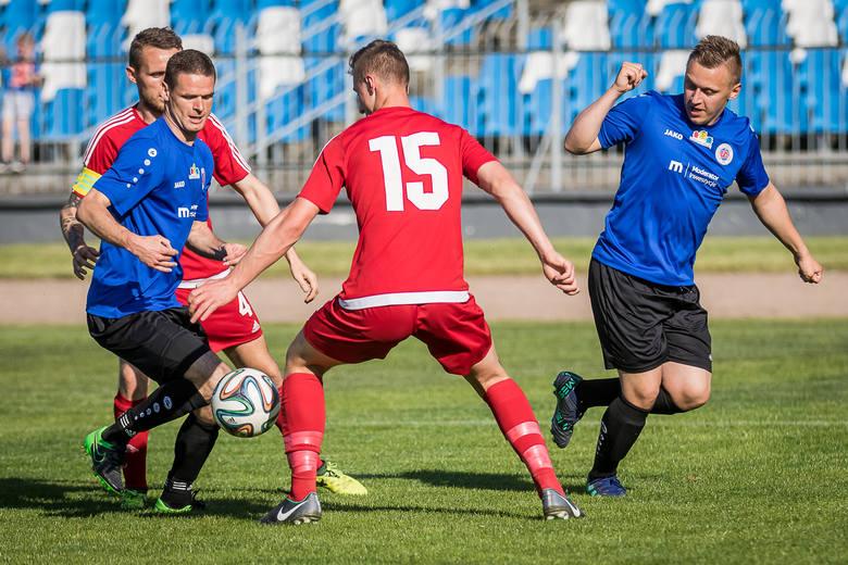 W meczu ćwierćfinałowym Regionalnego Pucharu Polski Chemik Moderator Bydgoszcz pokonał Wdę Świecie 2:1 i zrewanżował się jej za dwa przegrane finały