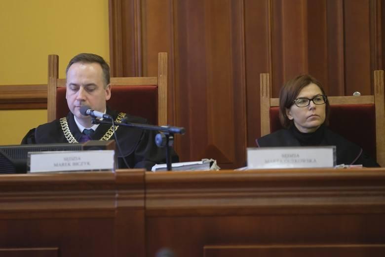 Kuzyn bestialsko zamordowanej przy ul. Czarlińskiego Tatiany W. stanął dziś przed sądem. - Ten jedyny naoczny świadek zbrodni potwierdził w zeznaniach