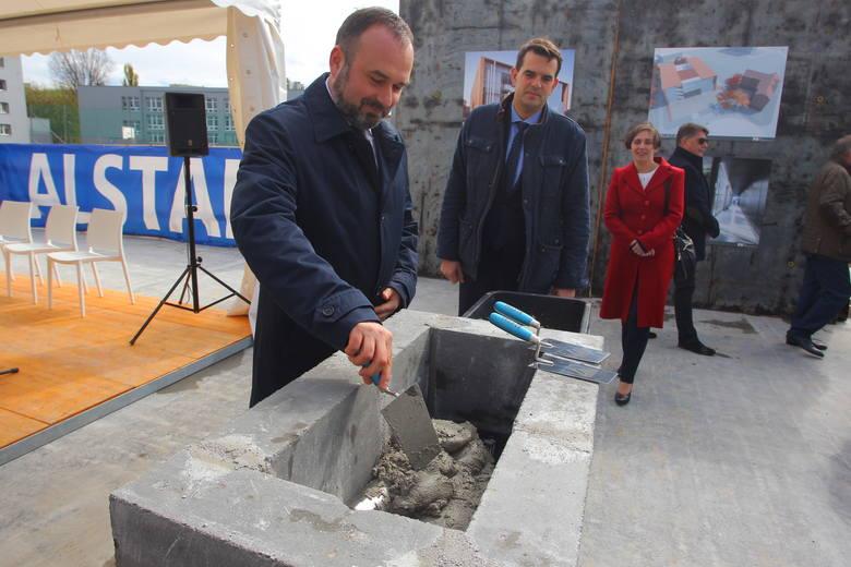 Kamień węgielny dla nowego sądu