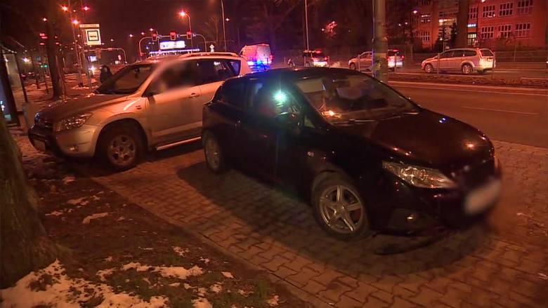 Podczas pościgu uszkodził cztery samochody [FILM]