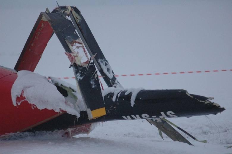 Wypadek helikoptera pod Olesnem. Bell 407 runąl na pole w gminie Gorzów Śląski.