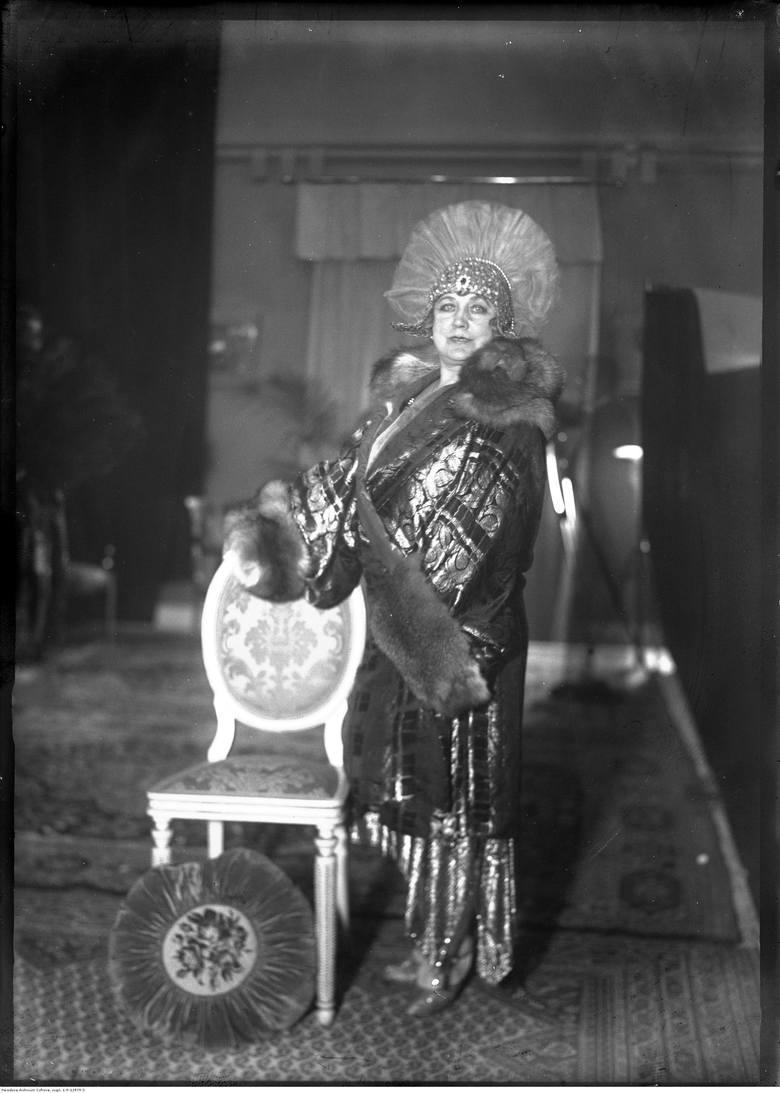 Rewia mody w Starym Teatrze w Krakowie - 1927 rok