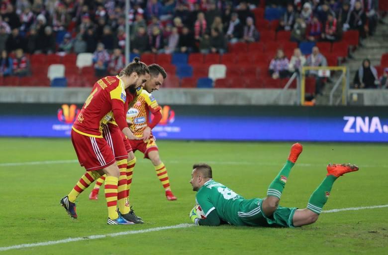 W Tychach nie dał plamy. Bramkarz Chojniczanki nie został co prawda zmuszony przez piłkarzy GKS-u do spektakularnych parad, ale w momentach próby był