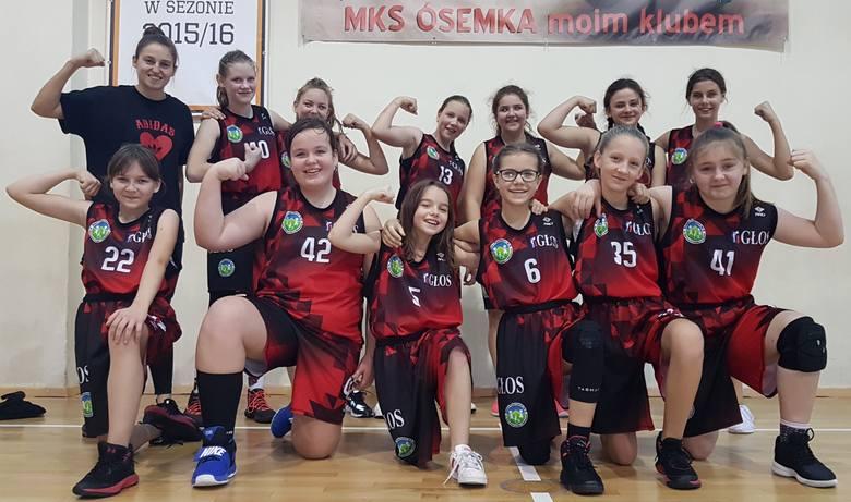 Wspaniała zwycięska passa koszykarzy z MKS Ósemki Skierniewice