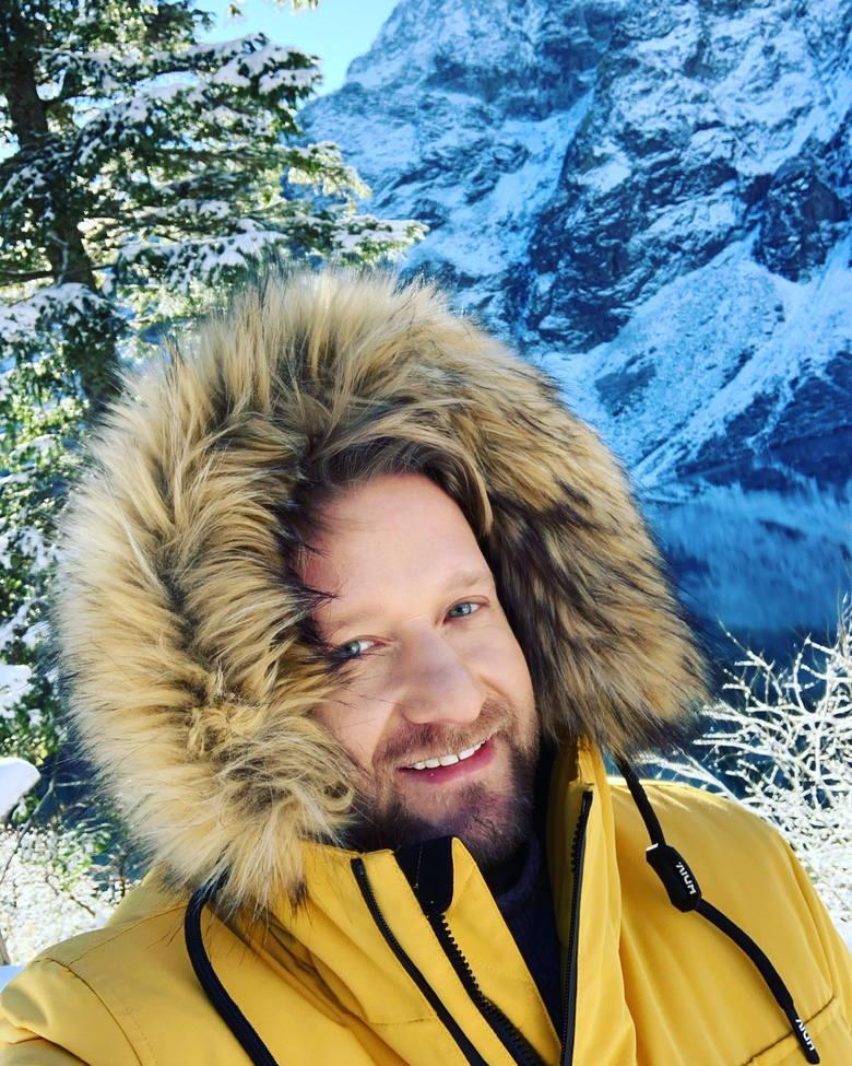 Popularny prezenter pogody Bartek Jędrzejak pochodzi z Zielonej Góry. Tańczył w Lubuskim Zespole Pieśni i Tańca, jest absolwentem I LO. Prowadził festiwale