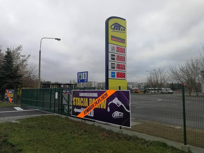 24 stycznia Miejski Zakład Komunikacji w Toruniu udostępnił kierowcom swoją stację paliw na terenie zajezdni autobusowej. Ile osób skorzystało z paliwowych